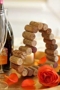 Great Idea Best Wine Cork Ideas For Home Decorations: 105 Best Inspirations http://goodsgn.com/design-decorating/best-wine-cork-ideas-for-home-decorations-105-best-inspirations/