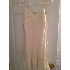 Gap cream colored dress Gap cream colored dress --perfect condition GAP Dresses