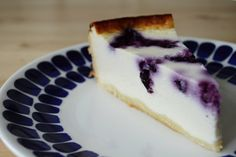 2women2cats: German Cheesecake With Blueberries