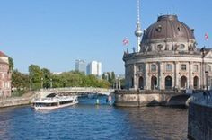 Berlin Sightseeing Cruise Including Lunch and a Drink 2019 Mountain Bike Tour, Attraction Tickets, Berlin City, City Pass, Helicopter Tour, Photography Tours, Cruise Port, Shore Excursions, Day Tours