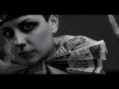 Sia - Chandelier ( tradução ) - YouTube