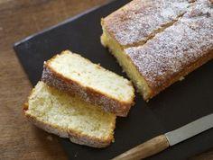 עוגת לימון ויוגרט (צילום: קרן אגם ,אוכל טוב)