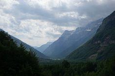 Las vistas se abren hacia el valle de Pineta