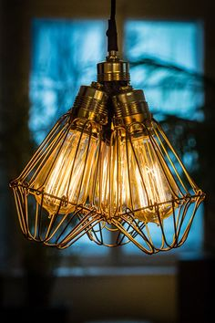 at Edison Glühbrine edisonbulb. Vintage Lighting, Bulb, Ceiling Lights, Pendant, Home Decor, Decoration Home, Room Decor, Onions, Hang Tags