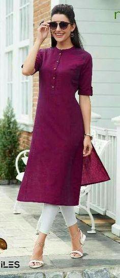 B simple and elegant😎 Dress Indian Style, Indian Dresses, Indian Outfits, Kurta Designs Women, Salwar Designs, Mode Abaya, Kurti Styles, Kurta Neck Design, Indian Designer Suits