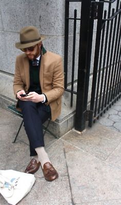 """ivy-league-style: """" One of the Ovadia brothers sporting some nice tassel loafers """" Best Dressed Man, Sharp Dressed Man, Ivy League Style, Men Street, Urban Outfits, Gentleman Style, Men Looks, Stylish Men, Hats For Men"""