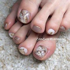 クリア大理石☆|ネイルデザインを探すならネイル数No.1のネイルブック Luxury Nails, Feet Nails, Swag Nails, Japanese Nail Art, Manicure, Pedicure Nail Art, Pedicure Designs, Toe Nail Designs, Toe Nail Art