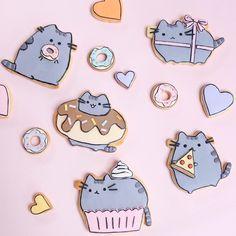 """""""Pusheen the cat cookies """" - Cuppy & Cake Pusheen Cookies, Cat Cookies, Fancy Cookies, Royal Icing Cookies, Pusheen Birthday, Cat Birthday, Birthday Cookies, Pusheen Plush, Pusheen Cat"""