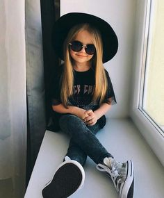 Newborn baby dress are good quality, relaxed and are also all oh-so-cute! Cute Baby Girl Outfits, Cute Outfits For Kids, Toddler Girl Outfits, Toddler Fashion, Cute Kids, Cute Babies, Kids Fashion, Mode Swag, Toddler Girl Style
