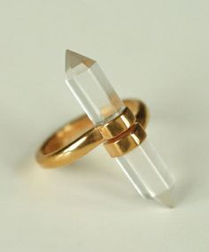ManiaMania Gold Ushci Clear Quartz Ring