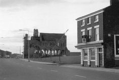 st benedicts and the Thistle pub, heyworth street