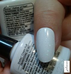 Gel manicure fall cnd shellac 27 New ideas Shellac Nail Colors, Coral Nails, Shellac Nails, Manicure And Pedicure, Manicures, Shellac Layering, American Manicure Nails, Gel Nails Shape, Accent Nail Designs