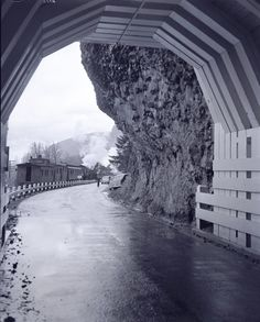 From Oregon State Archives, the Oneonta Tunnel on the HCRH from the 1930's.