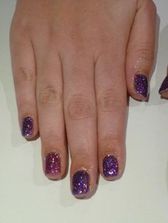 Purple Pyrotechnics and Magenta Fire Flower for the ring finger - this was reversed for the other hand!