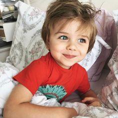 @imrengursoy Cute Little Baby, Mom And Baby, Baby Kids, Baby Boy, Cute Kids Pics, Cute Baby Pictures, Baby Photos, Beautiful Children, Beautiful Babies