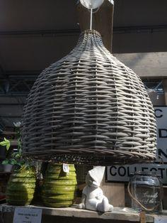 Lampenschirm aus Rattan für eine Hängelampe. Wunderschön!!!