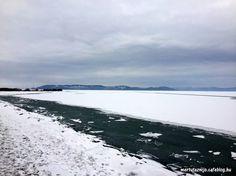 Angolul Winter Wonderlandnek nevezik azokat a helyeket, amelyek télen csodaországgá válnak. A Balaton most pont ilyen.