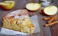 Torta di Mele Senza Grassi Low Carb Breakfast, Breakfast Time, Holiday Desserts, Fun Desserts, Dessert Ideas, Ricotta, Apple Cake Recipes, Apple Cakes, Plum Cake