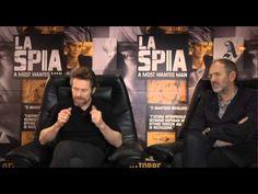 La Spia, l'ultima grande interpretazione di Philip Seymour Hoffman. Intervista ad Anton Corbijn e Willem Dafoe | Artribune