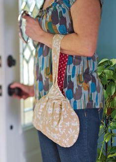 Grab n go reversible purse pattern/instructions