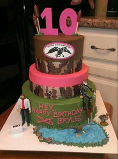 Duck Dynasty Girl Birthday Cake