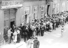 Wien, Austria, Jews waiting in line for visas and exit permits at the police station, 03/1938.