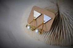 TRIANGLE Earring SHELL Earring Gold Triangle with Pearl