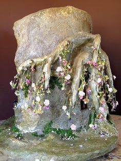 Fairy house sculpture from steel, paperclay and celluclay by Torisaur