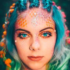 15 Ways Glitter Can Transform Your Halloween Makeup