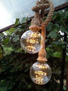 Touw hanglamp met 2 fitting 2x0,75 m. - Touwlamp met led lamp in de vorm van een heldere bol- Industrieel - Scheepstouw met lamp Led Lamp, Christmas Bulbs, Lounge, Holiday Decor, Vintage, Home Decor, Airport Lounge, Drawing Rooms, Decoration Home