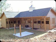 Nice small barn with a grooming/ wash pad.