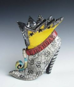 Beth's Illustrations: Ceramics-Shoe research