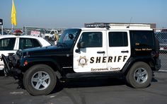 Don't mess with police in a Sacramento City, Jeep Camping, Cool Jeeps, Roof Top Tent, Fj Cruiser, Jeep Truck, Jeep Life, Jeep Wrangler, Offroad