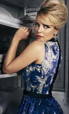Beehive hair ala Rachel McAdams @Molly Simon Simon @BizarreFoods you will own this look!