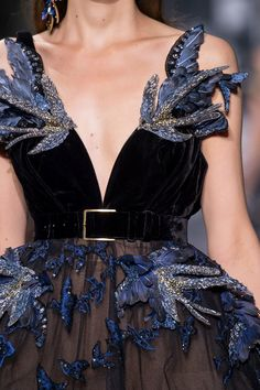 Elie Saab Couture, Fall 2016 - Breathtakingly Beautiful Fall Couture Details - Photos Source by jerilr fashion Style Haute Couture, Couture Details, Fashion Details, Look Fashion, Couture Fashion, Runway Fashion, High Fashion, Fashion Beauty, Fashion Show