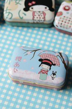 Kawaii Little Accessory Tin Case // lots of nice stationary things!!!!
