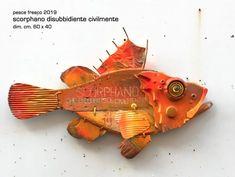 Folk Art Fish, Fish Wall Art, Fish Art, Weird Fish, Fish Design, Wooden Decor, Animal Crafts, Antique Toys, Driftwood