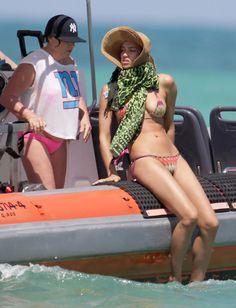 Irina Shayk's bikini deserves a medal.