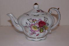 Vintage Musical Tilso Teapot Porcelain Gold by TresorsEnchantes