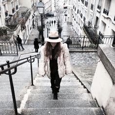 Faux fur Paris 2016 / MarieandMood fashion blogger / Moda / Streetstyle