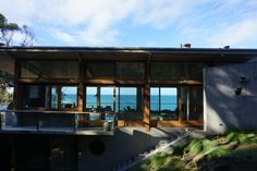 Seeing through Ocean House Lorne - Rob Mills