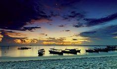 Tanjung Tinggi Sunrise - Belitung ©Abdul Azis