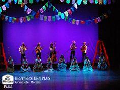 EL MEJOR HOTEL DE MORELIA Zacán es un pueblo que se vio obligado a ser abandonado tras la considerable caída de ceniza del volcán Paricutín. Sin embargo, el pueblo renació, la danza y la música constituyeron la creación del Concurso Artístico de la Raza Purépecha con la finalidad de fortalecer  la cultura de los pueblo indígenas. El festival inicia a mediados de octubre con múltiples danzas populares. Al hospedarse en Best Western Plus Morelia en su próxima visita, usted podrá disfrutar de…