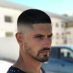 Top 50 Popular Haircuts + Hairstyles for Mens 2019 Very Short Hair Men, Short Hair Cuts, Short Hair Styles, Short Men, Buzz Cut Hairstyles, Cool Hairstyles, Short Fade Haircut, Buzzcut Haircut, Short Undercut