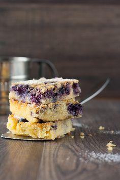 Christina's Catchy Cakes: Lecker Bakery: Berry-Polenta-Kuchen und andere Lecker Bakery- Rezepte