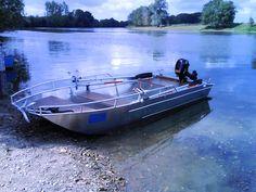 Barque de peche en aluminium soudée, la coque est à fond plat. La Maltière fabrique de barque en alu, soudée à la main et conçue pour durer, stable et légère. Il s'agit de barque de pêche. barque alu, barque peche, barque aluminium, barque a fond-plat, barque-occasion, barque-stable, barque-fond-plat, barques-de-peche, bateau-aluminium, pêche, bateau, fabrication, peche, rame, canot, barque legere, peche, loisirs, barque-aluminium,annexe, barque de peche en aluminium soudee en fine epaisseur
