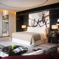 Guestroom at the Four Seasons Hotel Guangzhou, designed by HBA/Hirsch Bedner Associates.