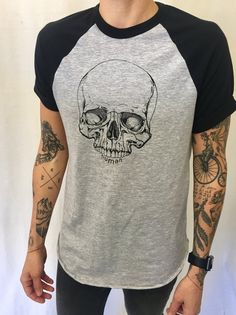 Androgynous Fox Clothing I love the models tattoos Hipster Tattoo, Tomboy Tattoo, Japanese Sleeve Tattoos, Full Sleeve Tattoos, Tattoo Japanese, Tattoos For Guys, Tattoos For Women, Baseball T Shirts, Different Tattoos
