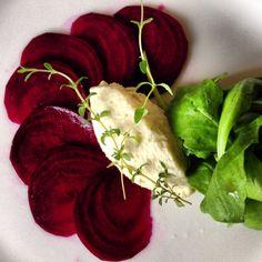 #raw #beetroot #carpaccio with #sauerkraut #mousse #nudoecrudogourmet www.nudocrudo.net www.facebook.com/NudoeCrudoRawFoodItalyUk