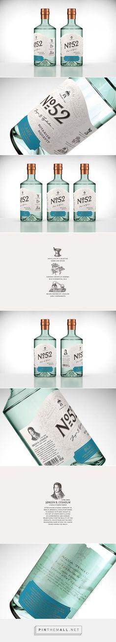 Lysholm N52 Botanisk Aquavit Gin label designed by OlssønBarbieri , Lettering by Stefan Ellmer (Norway) - http://www.packagingoftheworld.com/2016/03/lysholm-n52-botanisk-aquavit.html